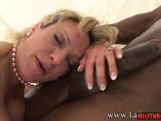 Doll Sonia idolizes meaty knob