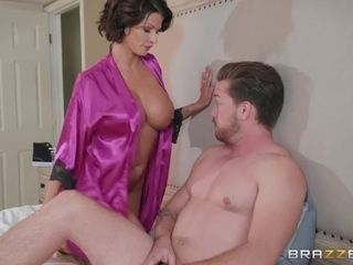Housewife Joslyn boinked by husband's BFF in the morning