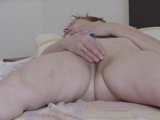 Wifey fapping with electro-hitachi mighty ejaculation