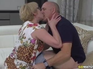 Mature dame Rina screwing and throating