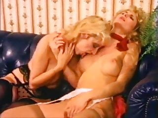Antique matures poke each other with fucktoys