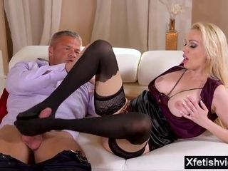 Humungous tit housewife foot wank and wad shot