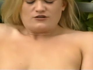 Sugary-sweet ash-blonde cougar touches Her humid cootchie