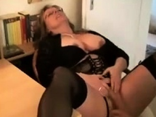 Mature enjoy oral pleasure and gonzo sexing