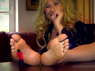 Humungousess Loryelle - sole Pet of My humungous step-mom SFX - free-for-all Preview