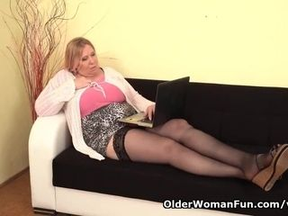 European plumper cougar Dita works her cunny with frigs and fake penis