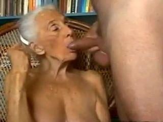 Dead beat inexpert prepare oneself concerning Grannies, Blowjob scenes