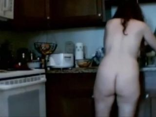 Fur covered housewife kitchen grasp