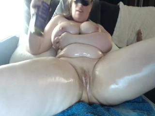 Gigantic lubricated bootie AND going knuckle deep