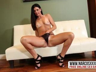 Broad in the beam boobs bit jocular mater India Summer Wants retard detect