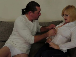 Spex grown-up not far from bigtits gets fucked anally