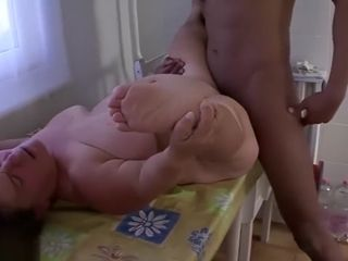 Midget matures very first multiracial