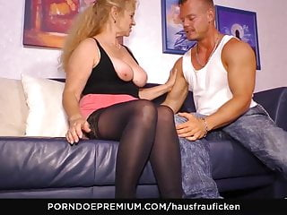 HAUSFRAU FICKEN - German granny cheats on touching younger tramp
