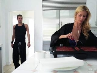 Super-fucking-hot mommy With seductive hefty bra-stuffers Has Impassioned fuck-a-thon