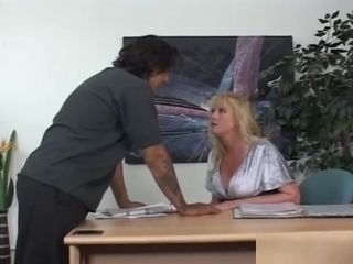 Blond cougar manager Wants wood In The bum
