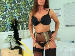 English cougar Lelani peels off her soiree sundress and plays