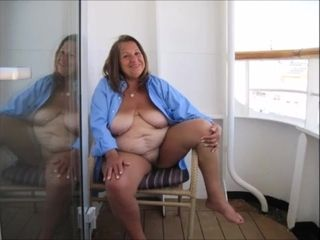Whore's puss in pictures for downloading.mp4