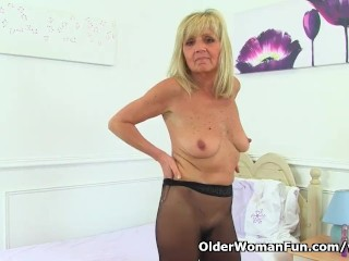 Reliably milf Dolly gets vicious slag the air undies