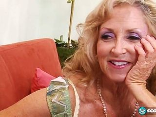 My voluptuous Granny Laughts situation Big-Dicked socking insidious challenge
