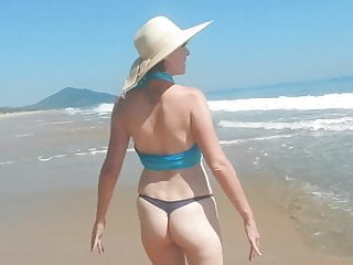 Wifey at the beach (naked wifey)