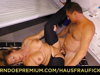 HAUSFRAU FICKEN - thick German titted mature ash-blonde jammed
