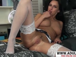 Highly Coquettish cougar flashes Her smoothly-shaven cooter