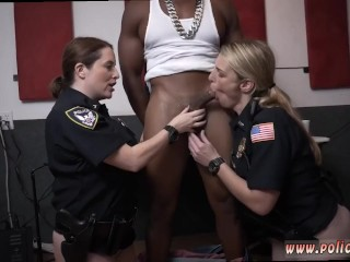 Hottest cougar nail ever hd moist vid grips police ravaging a deadbeat parent.
