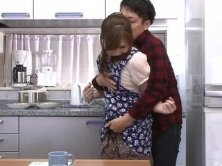 Sonny daydreams About His mommy - MilfsInJapan