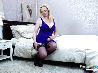 EuropeManturE Hot full-grown little one Suzie just personify