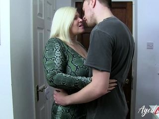 AgedLovE xxx with warm Mature Lacey Starr
