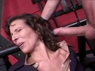 Inexperienced mommy first-ever raunchy intercourse