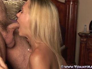 Puny Housewife Takes good-sized facial cumshot deep throating hard-on!
