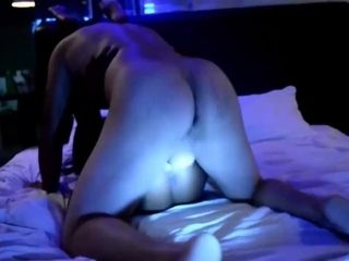 Cheating films his wifey with a stranger in the motel