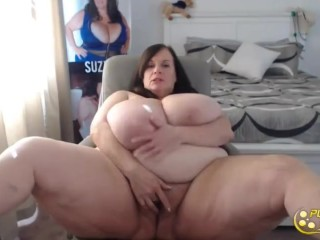 Posh mature queen Suzie with all all-natural monstrous titties