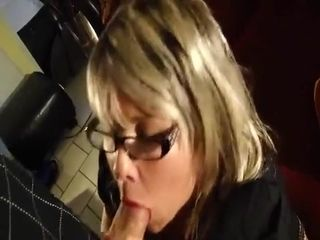 Prompt deep throat with mature fuckslut