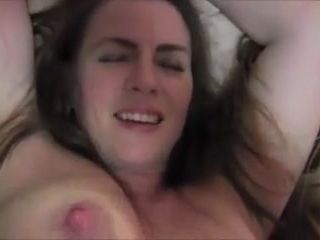 Curvaceous cougar not mummy toying