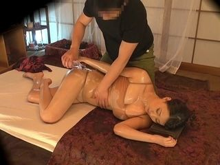 Mummy Gets Herself A glad completing - MilfsInJapan