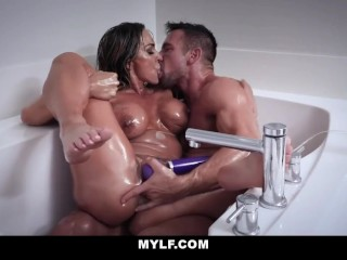 Fit aussie cougar drilled and packed with spunk [MYLF] (2018)