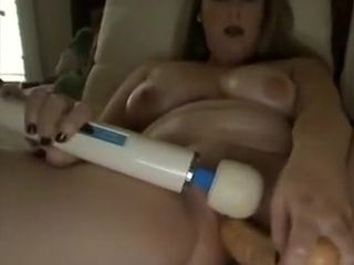 Kinky mature dark-haired heads solo and playthings her beaver