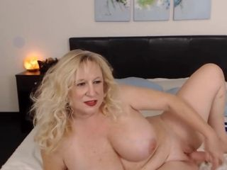 Sizzling bodacious blond mommy loves to taunt until you jizm