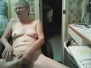 Mature fapping