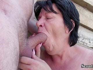 EXTREM older GERMAN MATURE lure TO screw OUTDOOR BY STRANGER