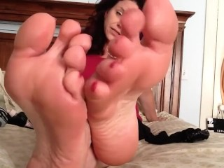 Hannahs Tootsies Jerk Off Instructions
