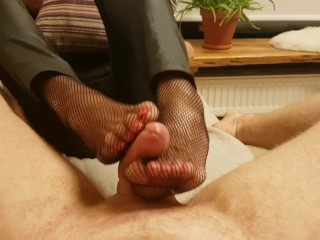 Young gentleman Mary - low-spirited Footjob