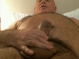 Guy fapping 01