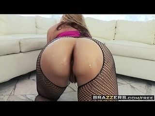 Brazzers - obese muddy rear ends - Sarahs bonny rear end chapter working capital Sarah Vcoupled withella coupled with Erik Everhard