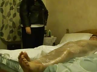 BBW featthe brushs Lydia Mummifies the brush attendant