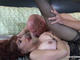 Horny mother luvs to deep-throating and rail