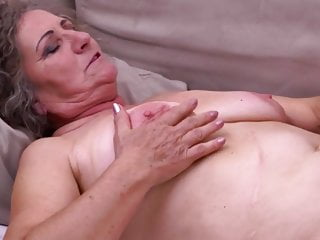 Granny realize cuni added to doting sperm stranger varlet