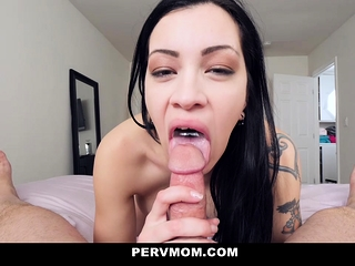 PervMom - super-steamy Latina step-mom porks son-in-law